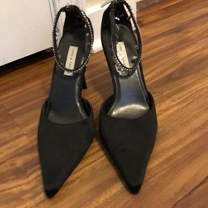 🎉2 for $10 Black shoes with rhinestone anklets